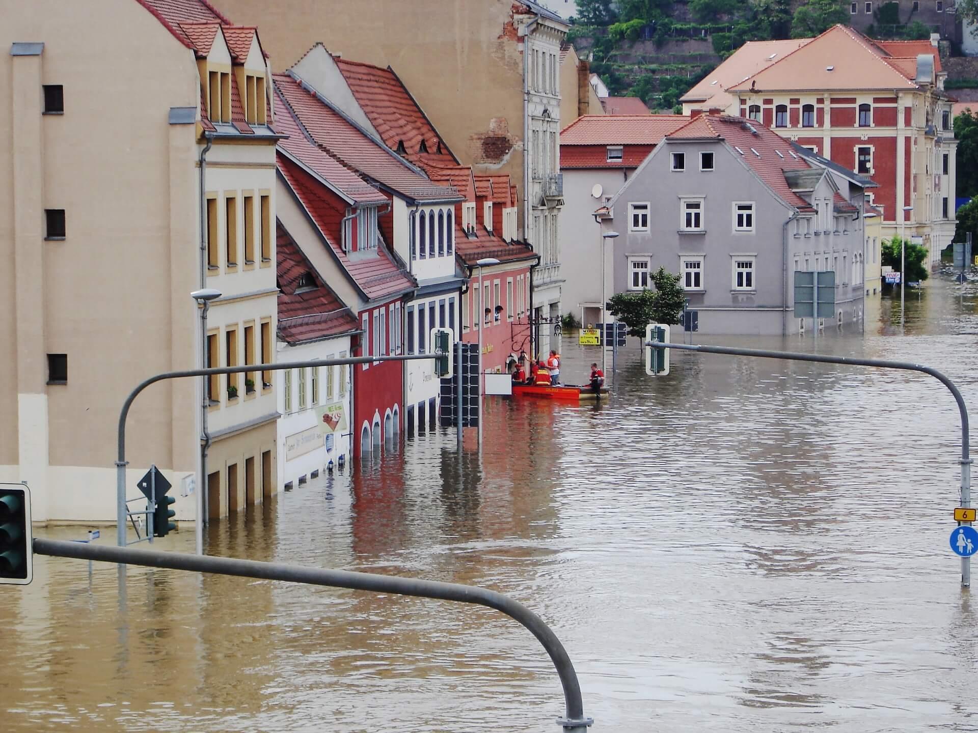 Hochwasser, Elementarschutz in der Gebäudeversicherung, Wohngebäude, Stuttgart, Filderstadt, Testsieger